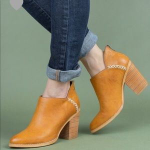 Shoes - BEST SELLER CAMEL DISTRESSED ANKLE BOOTIES- Shoe